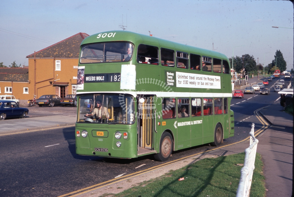 GCN803G Maidstone & District 5001 Daimler CRG6LX Alexander Sept 1977  Cliff Essex