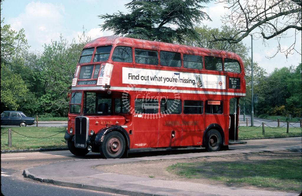 LYR655 London Transport RT2671 AEC Regent III O961 Park Royal Chislehurst Common June 1977  Cliff Essex