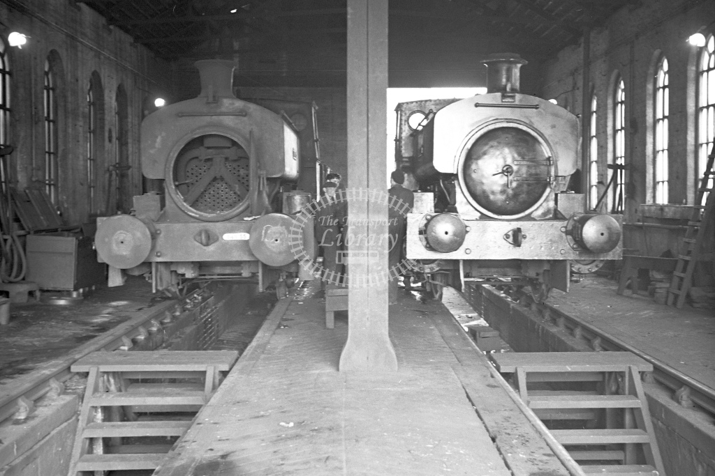 Holwell No.18 and Stanton No.25 - H Cartwright - CW10067