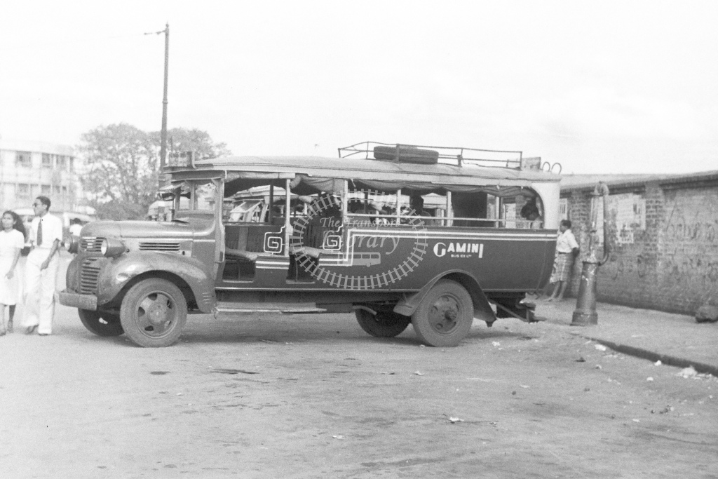Gamini Bus Company. No details - H Cartwright - CW10235