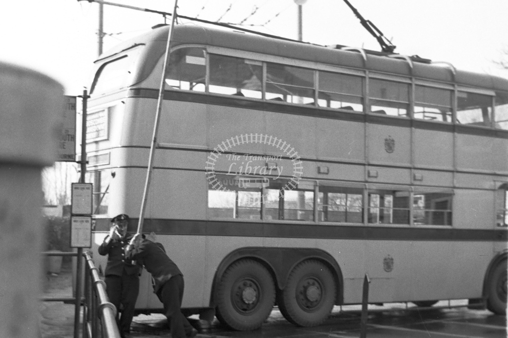 Bournemouth Corporation trolley bus on turntable - H Cartwright - CW10725