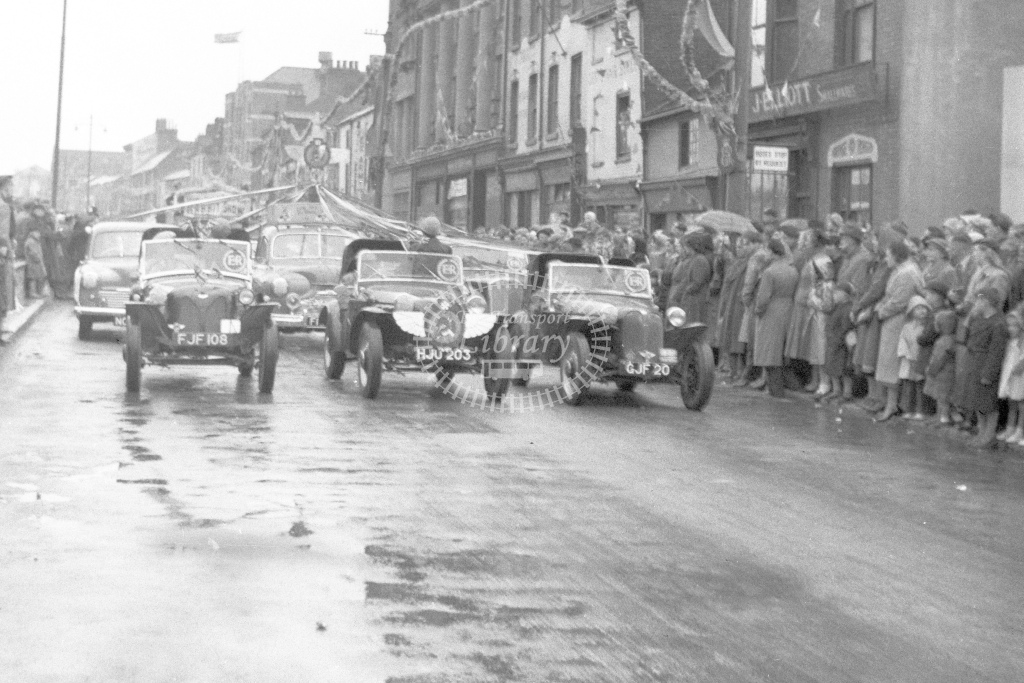 Coronation(?) celebrations 1953(?). Car parade in Leicester(?) - H Cartwright - CW10905