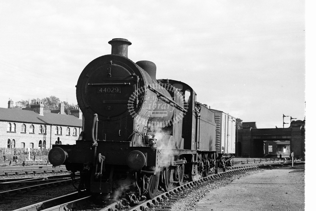 Ex LMS 4F 0-6-0 No.44029 with a single box wagon at Wigston Junction - H Cartwright - CW11542