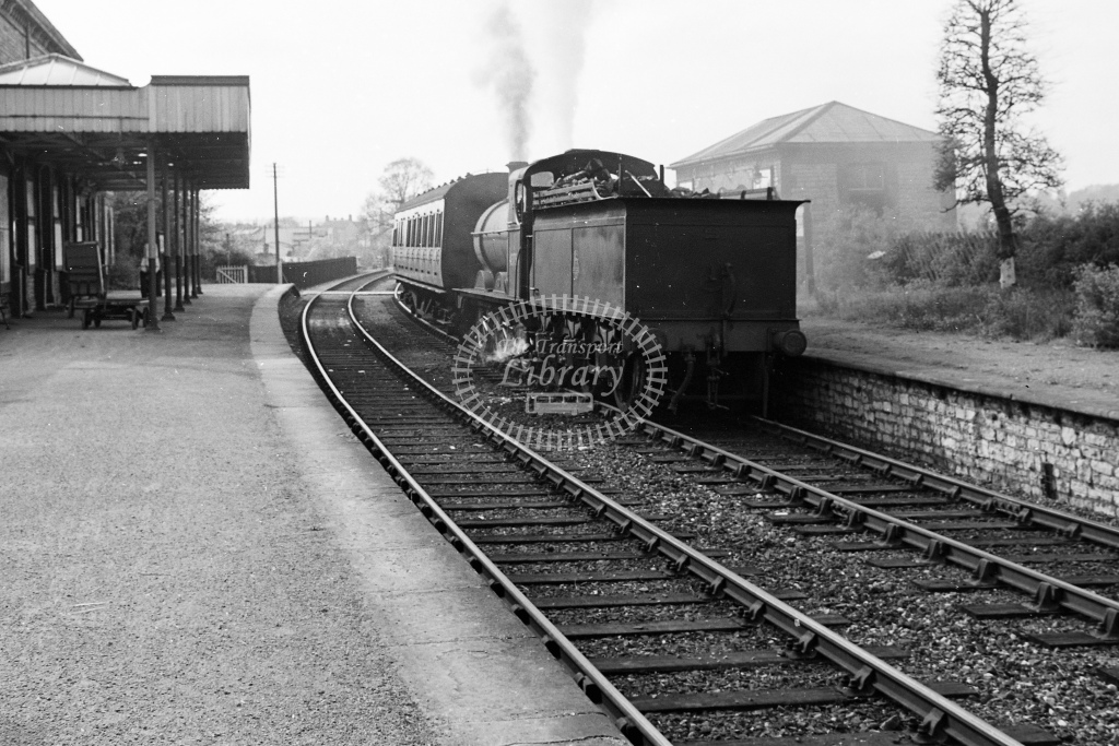 BR ex MR 3F 0-6-0 No.43754 ready to leave Tewkwsbury - H Cartwright - CW11549