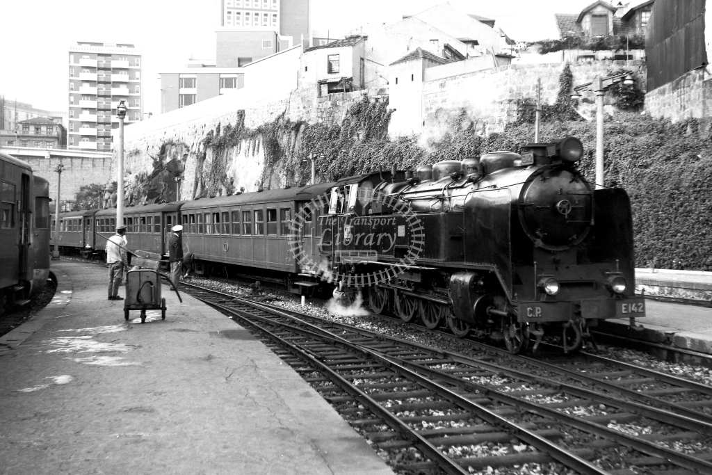 CP Portugal Railways Steam Locomotive E142  at Porto Trinidade  in 1972 - 13/09/1972 - David Anderson
