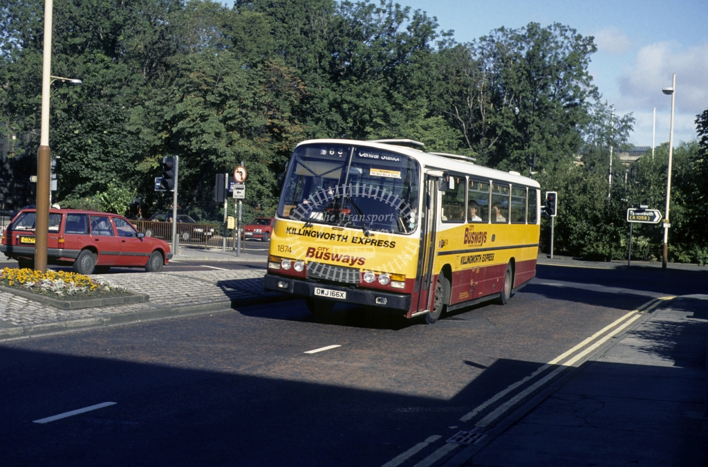 Busways Leyland PSU3 1874 OWJ166X  in 1989 -  Sep-89  - Geoffrey Morant