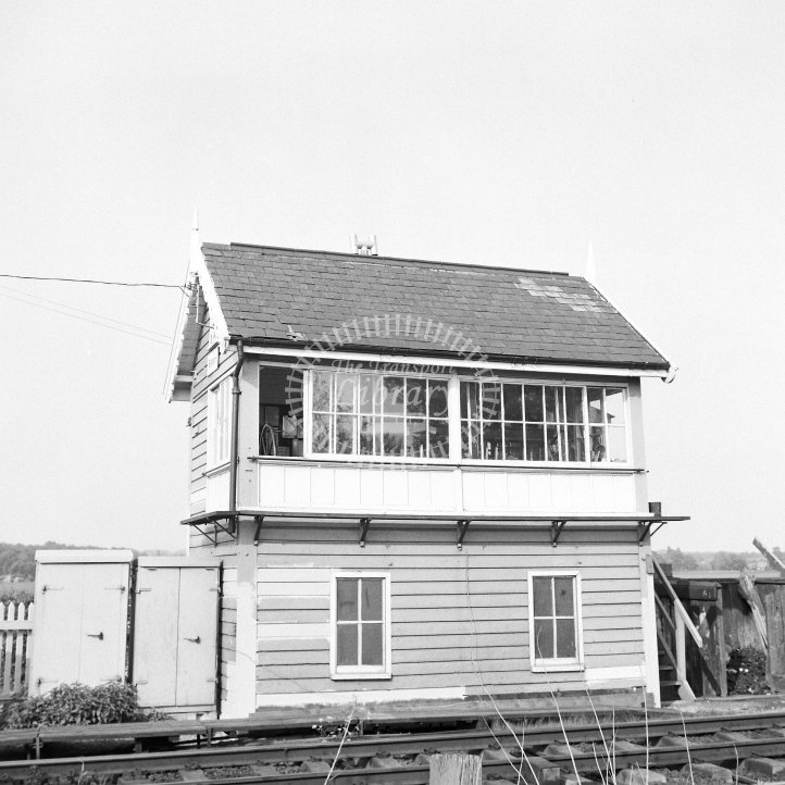 British Rail Signal box view  at Elsham  in 1992 - Ex-MS&LR -  20/05/1992 - Horace Gamble