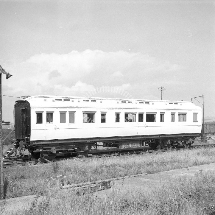 British Railways Coaching stock  Class Ex-SECR Royal Coach, b. 1903  at Newhaven Harbour East Side  in 1960 -  18/08/1960 - Horace Gamble