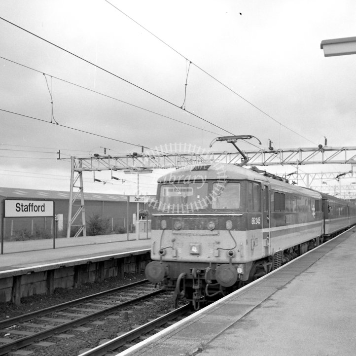 British Rail Electric Locomotive 86245  Class BR English Electric Class 86/2 Bo-Bo  at Stafford  in 1990 - 11.11 to Birmingham New Street -  31/08/1990 - Horace Gamble