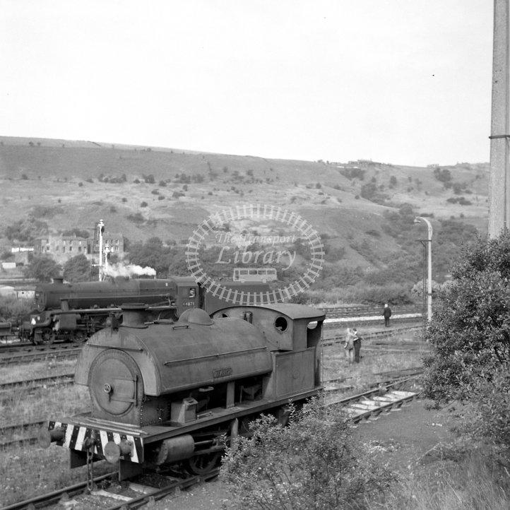 Central Electricity Generating Board Industrial Steam Locomotive 2  Class Robert Stephenson & Hawthorns 0-4-0ST (RSH7661/1950)  at Hartshead Power Station, Stalybridge  in 1967 - Exchange sidinngs -  26/08/1967 - Horace Gamble