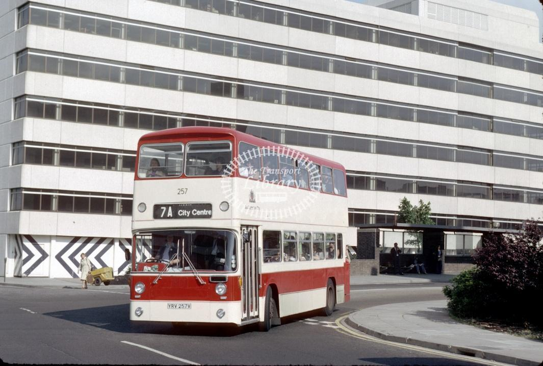 Southampton Leyland AN68 257 YRV257V at Southampton Central Rly Stn in 1980 - 29373 - Harry Hay