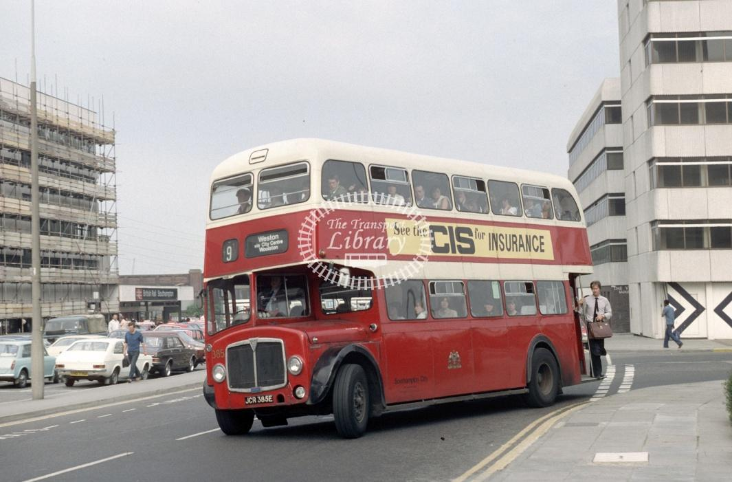 Southampton AEC Regent V 385 JCR354E at Southampton Central Rly Stn in 1980 - 29373 - Harry Hay