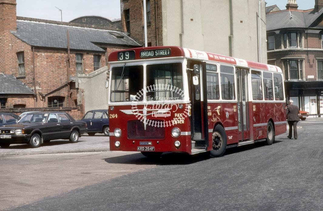 Reading Bristol RELL 264 KRD264F at Reading Town centre in 1980 - 29373 - Harry Hay