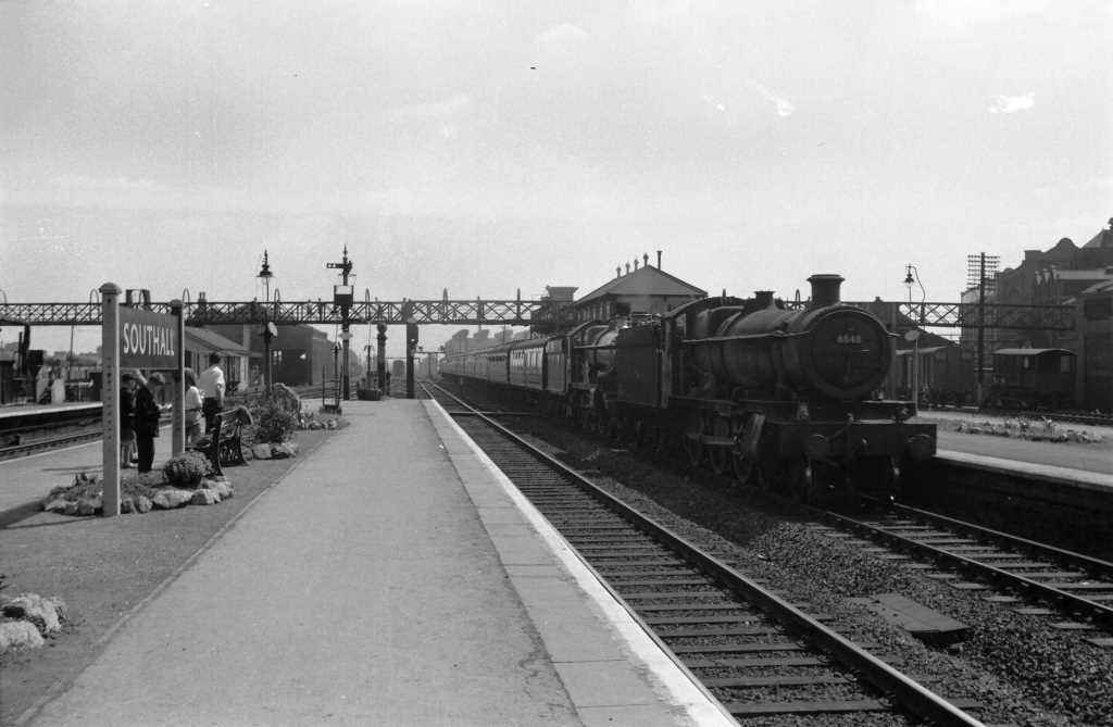 BR British Railways Steam Locomotive Class 6800 6848  at Southall in 1959 - 04/07/1959 - J E Bell