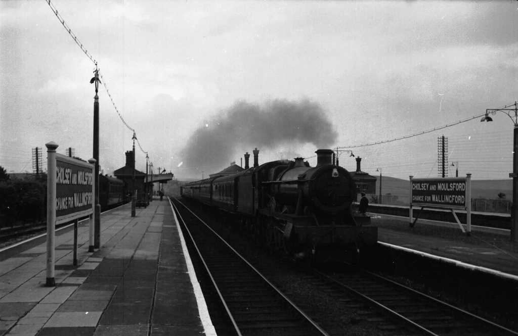 BR British Railways Steam Locomotive Class 6959 6994  at Cholsey & Moulsford in 1959 - 30/05/1959 - J E Bell