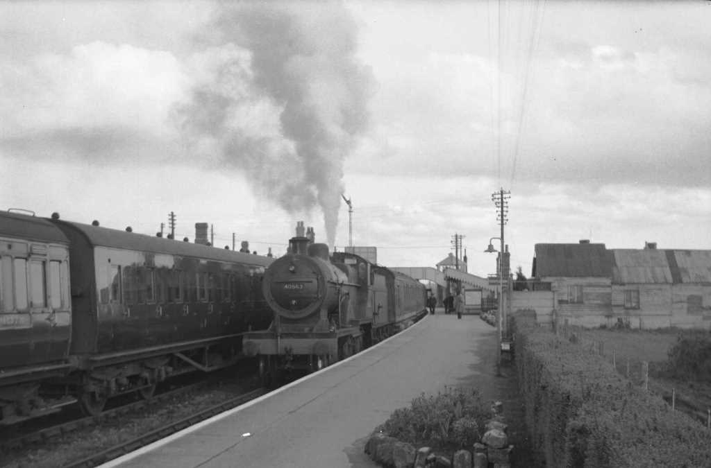 BR British Railways Steam Locomotive Class 2P-B 40563  at Evercreech Junction in 1959 - 28/03/1959 - J E Bell