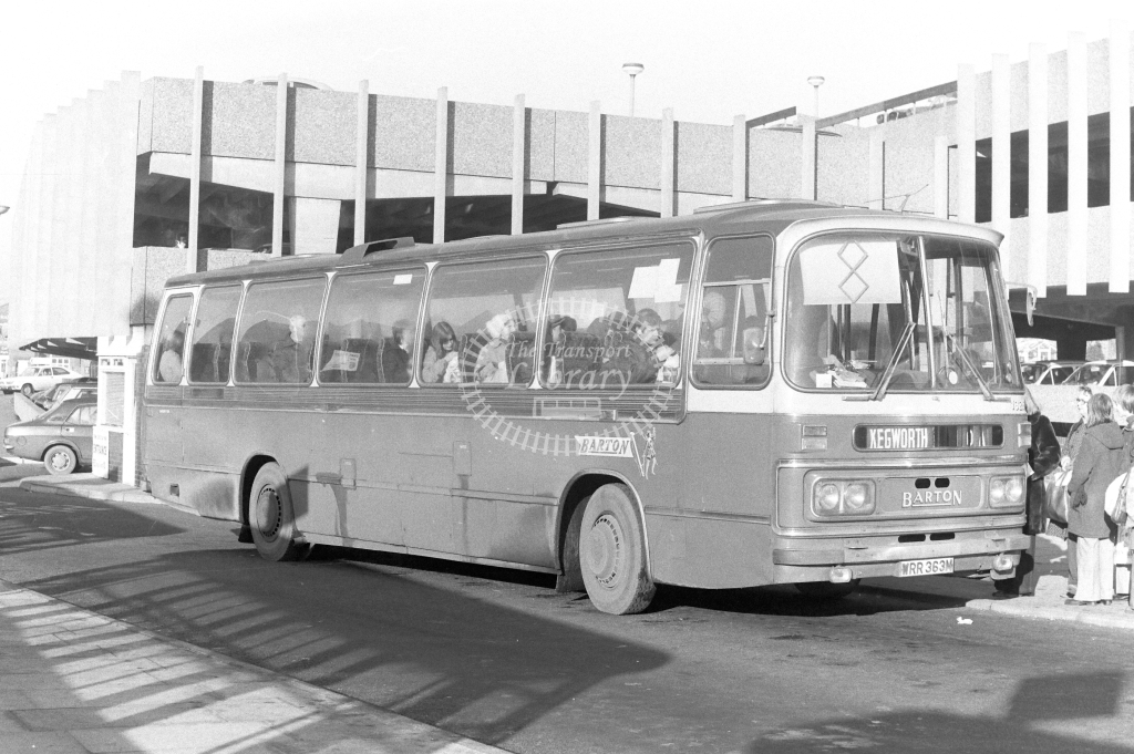 Barton Bedford YRT WRR363M at Nottingham in 1977 - JGS Smith
