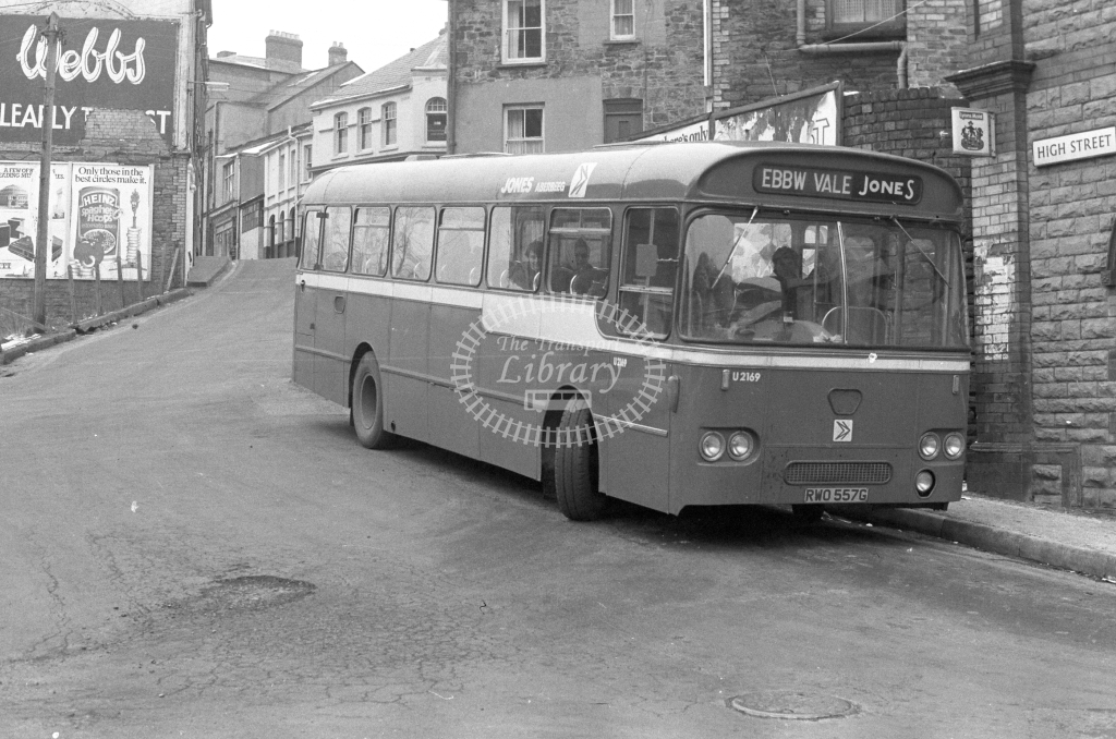 Jones, Aberbeeg Leyland PSU RWO557G  in 1979 - JGS Smith