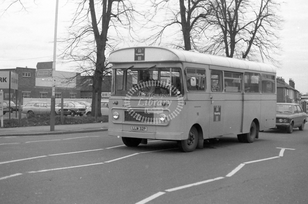 London Borough of Havering Bedford VAS LLM32P  in 1979 - JGS Smith