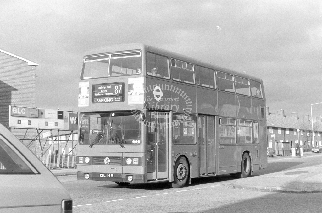 London Transport Leyland Titan T114  on route 87 CUL114V  in 1980 - JGS Smith