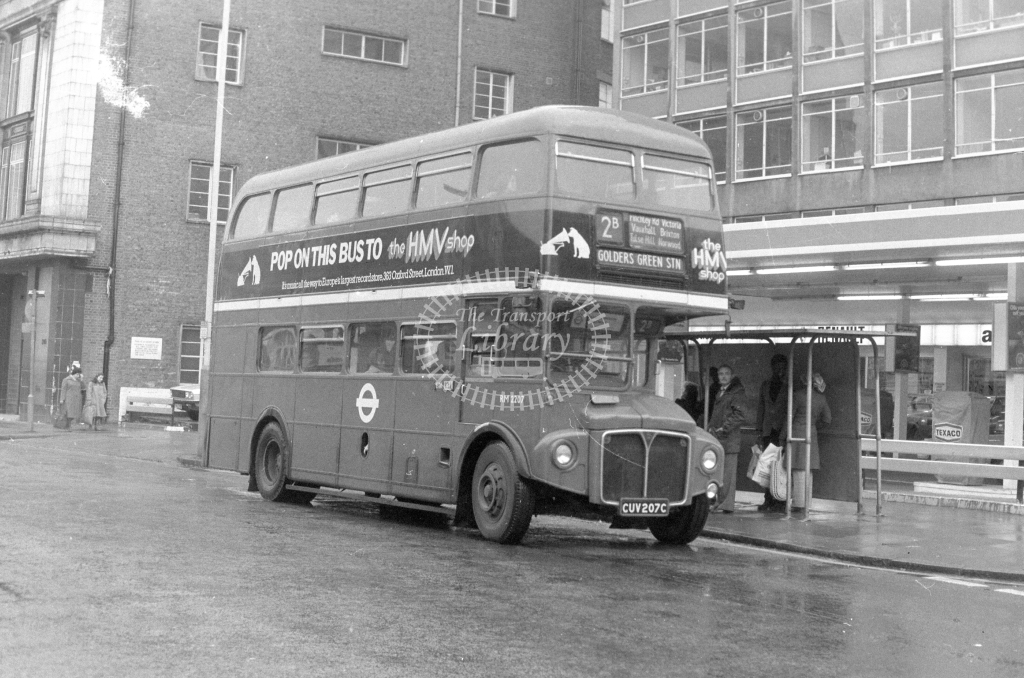 London Transport AEC Routemaster RM2207  on route 2B CUV207C  in 1980 - JGS Smith
