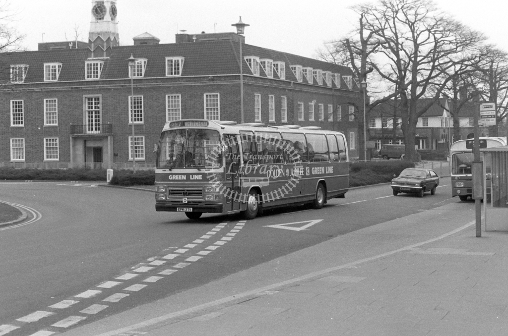 London Country AEC Reliance RS137  on route 732 EPM137V  at Welwyn Garden City  in 1980 - JGS Smith