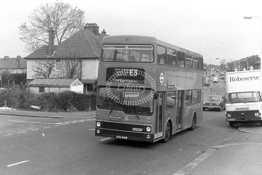 London Transport MCW Metrobus M491  on route E3 GYE491W  at Ealing  in 1980s - JGS Smith