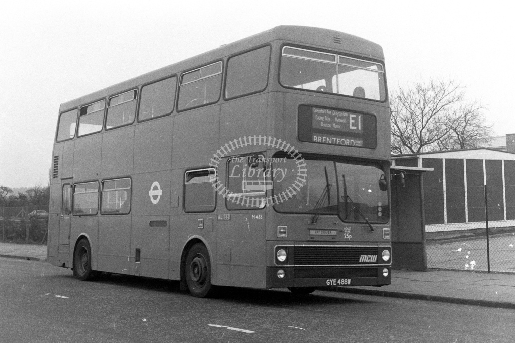 London Transport MCW Metrobus M488  on route E1 GYE488W  in 1980s - JGS Smith