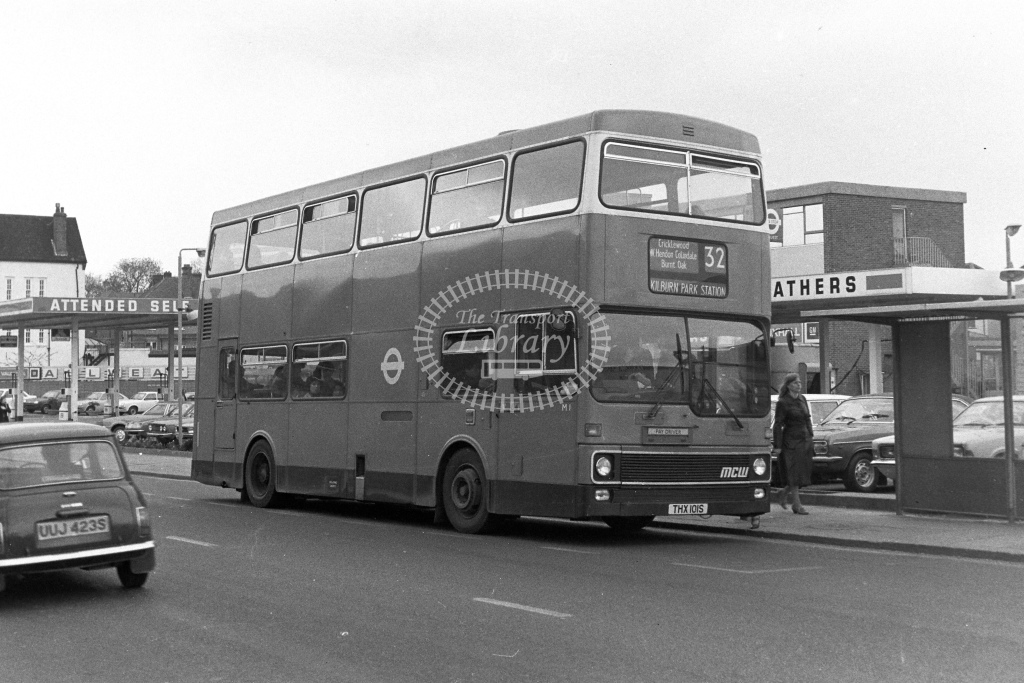 London Transport MCW Metrobus M1  on route 32 THX101S  at Edgware  in 1980s - JGS Smith
