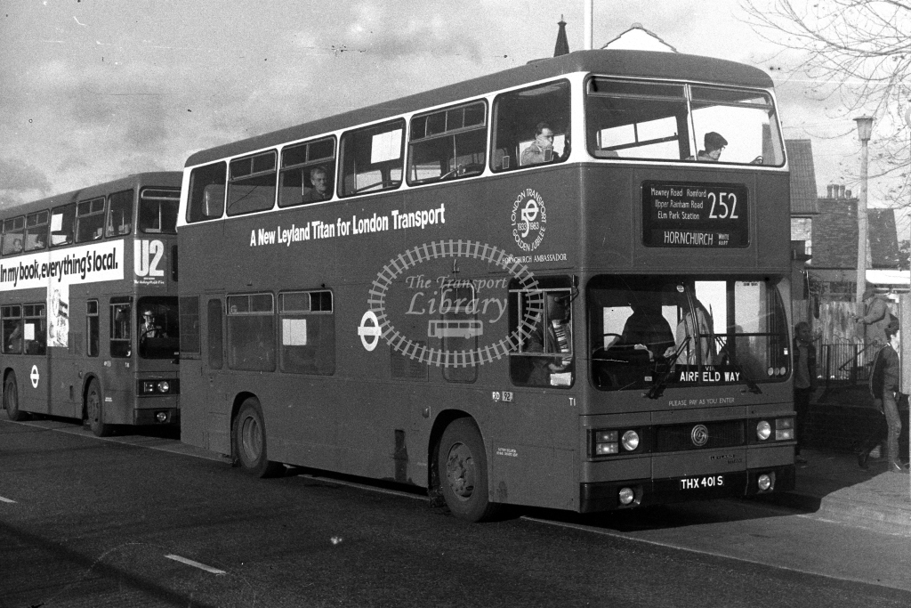 London Transport Leyland Titan T T1 THX401S  on route 252  at Romford  in 1980s - JGS Smith