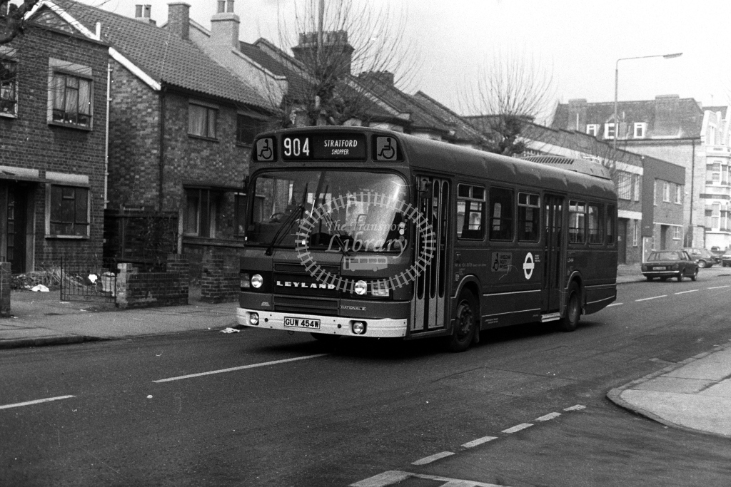 London Transport Leyland National LS LS454 GUW454W  on route 904  in 1980s - JGS Smith