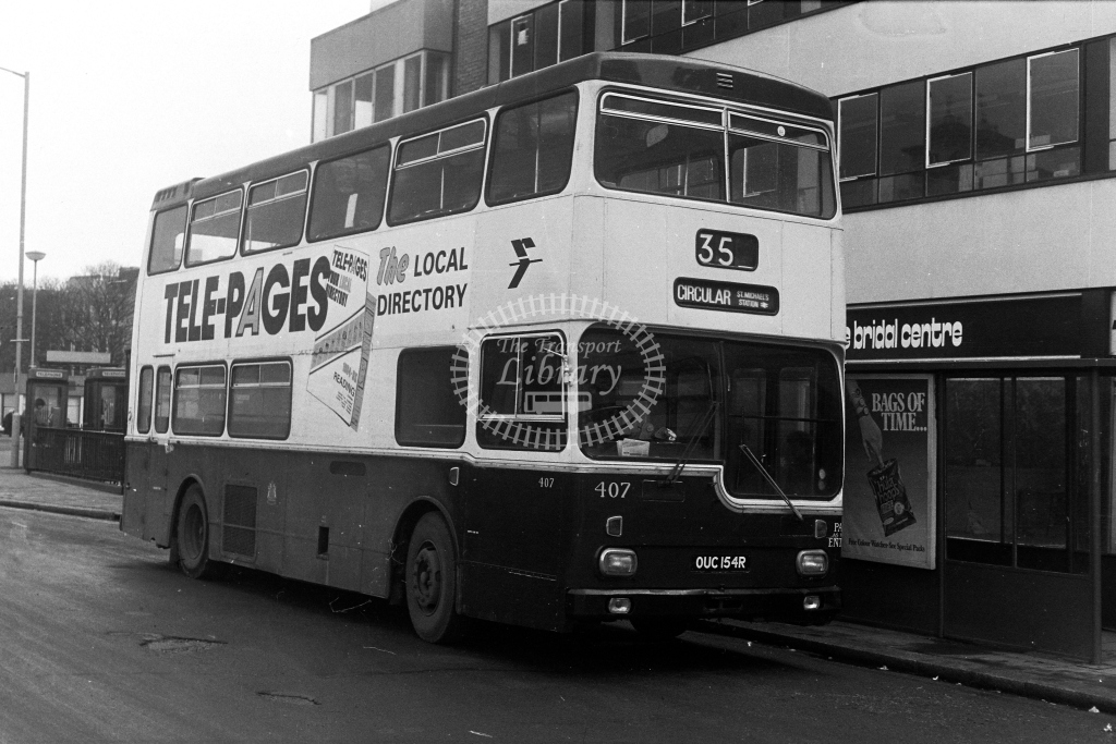 Reading Scania BR111 OUC154R  at Reading   in 1980s - JGS Smith