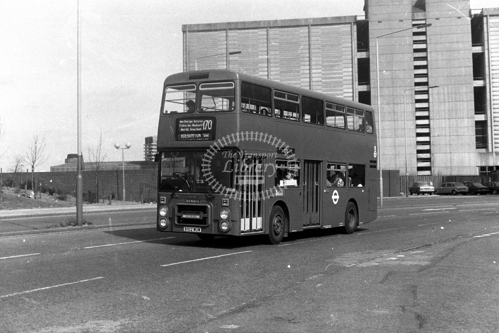 London Transport Dennis Dominator H H2 B102WUW  on route 170  at Vauxhall  in 1980s - JGS Smith