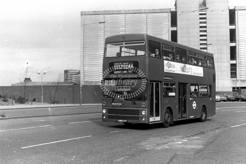 London Transport MCW Metrobus M M985 A985SYF  on route 44  at Vauxhall  in 1980s - JGS Smith