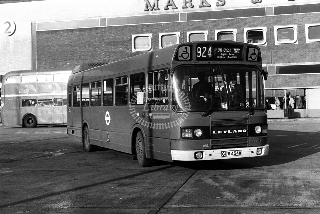 London Transport Leyland National LS454 GUW454W  on route 924  at Brent Cross  in 1980s - JGS Smith