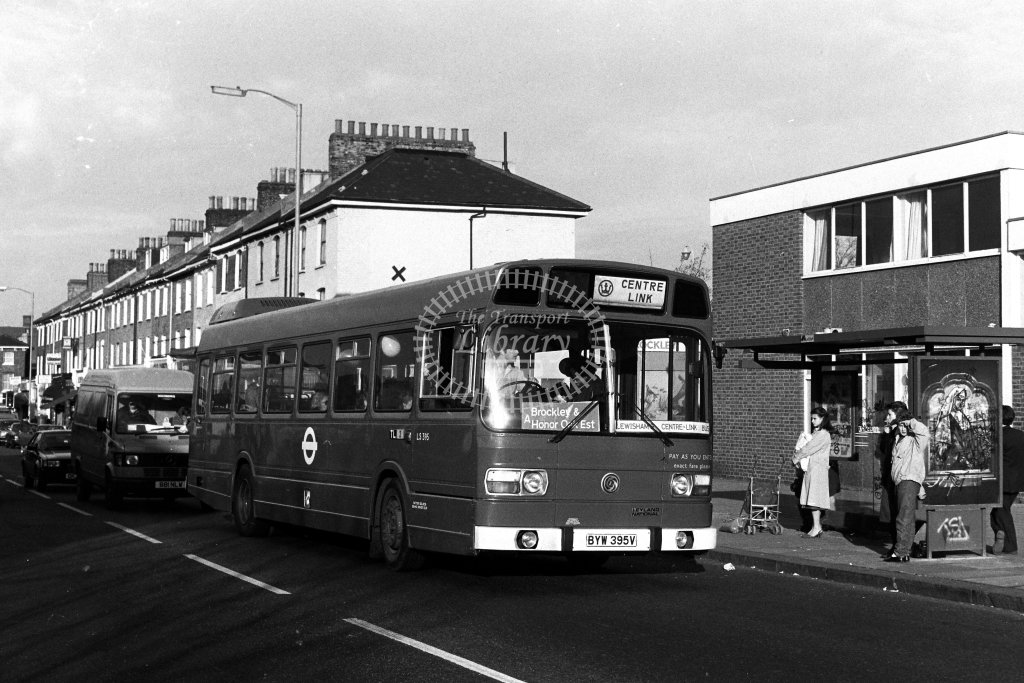 London Transport Leyland National LS395 BYW395V  in 1980s - JGS Smith