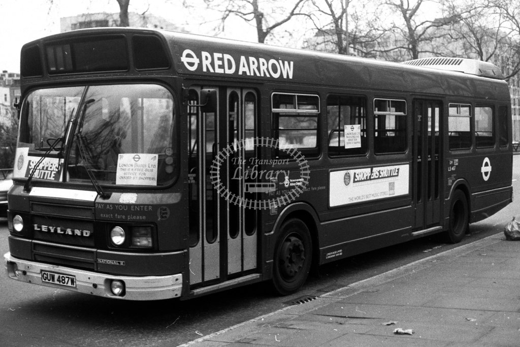 London Transport Leyland National LS487 GUW487W  in 1980s - JGS Smith