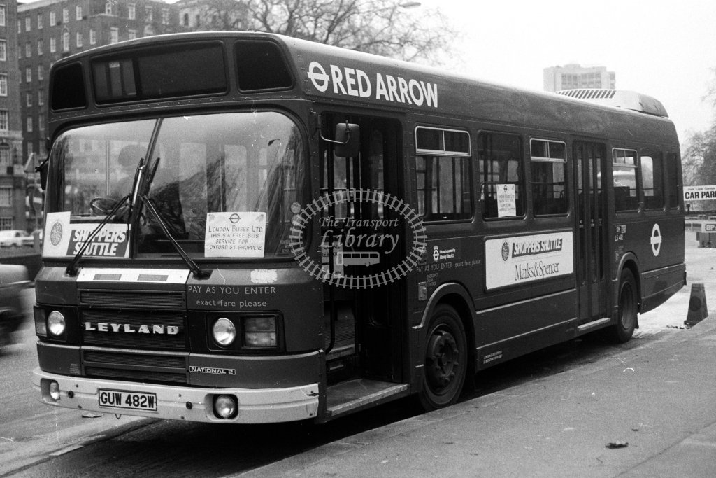 London Transport Leyland National LS482 GUW482W  in 1980s - JGS Smith