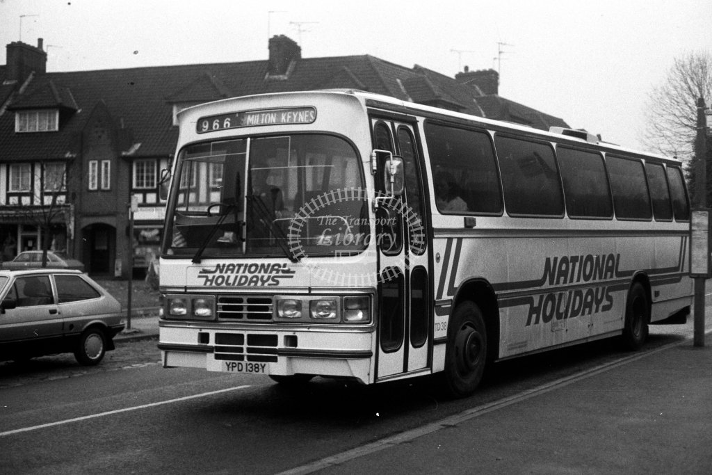 London Country Leyland Tiger TD38 YPD138Y  on route 966  in 1980s - JGS Smith