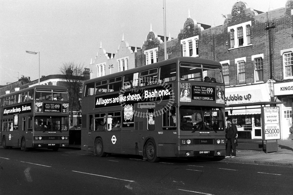 London Transport Leyland Titan T686 OHV686Y  on route 199  in 1980s - JGS Smith