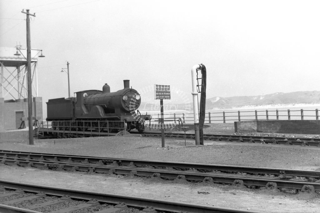 British Railways 30338 (RF) on the turntable at Padstow 4/6/60 - James Harrold