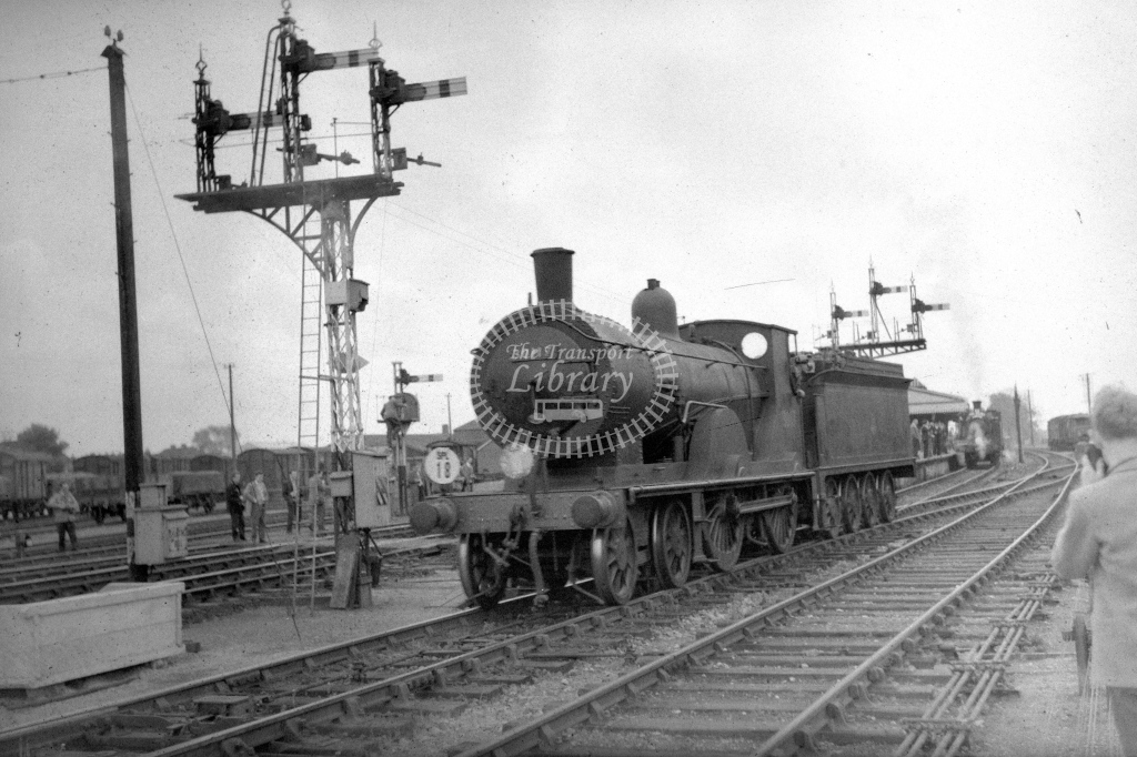 British Railways 30117 (LF) having come off LCGB spl at Fareham 30/4/61 - James Harrold