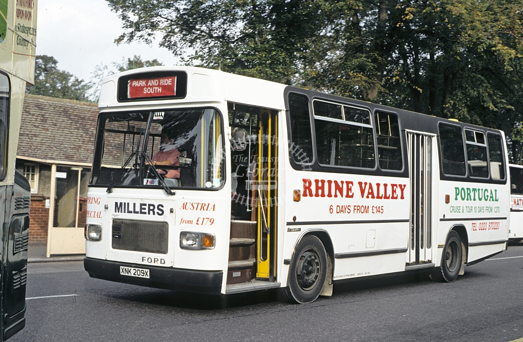 Miller, Cambridge Ford R1014 XNK209X  at Cambridge  in 1990 - Sep - J S C Archive