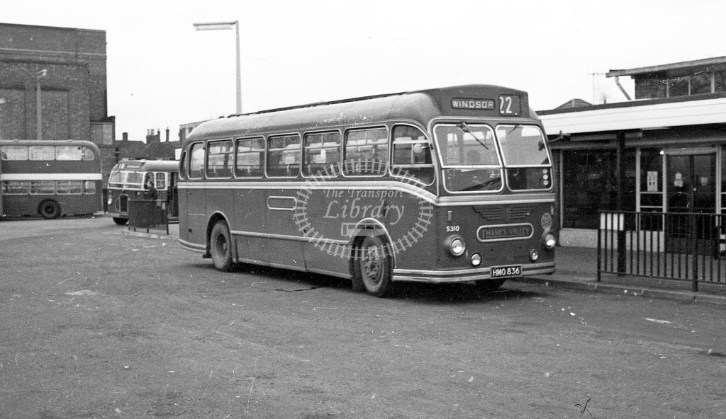 Thames Valley Bristol L 310 HMO836  at Windsor  in 1968 -  November  - JS Cockshott