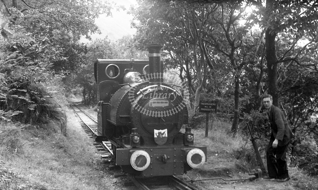 Tall-y-lyn Railway Steam Locomotive 1  at RCTS trip  in 1959 -  6/9/59  - J S Cockshott