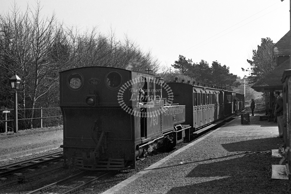 SR E760 Exe working bunker first on down passenger service at Woody Bay, circa 1934 - Lens of Sutton Association Lynton and Barnstaple
