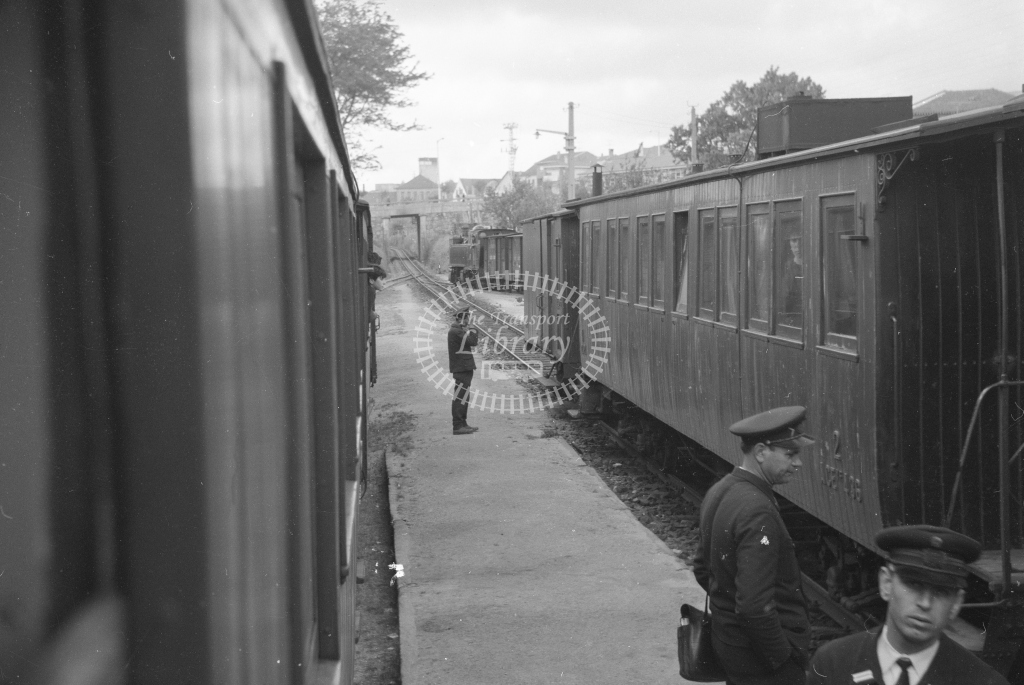 CP Oliveira de Azemeis Station 1969. View along train. (Frank Saunders) - Lens of Sutton Association Portugal Collection