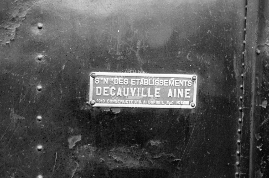 CP E95 2-6-0T at Sernada da Vouga 1969. Close up of Decauville builders plate. (Frank Saunders) - Lens of Sutton Association Portugal Collection