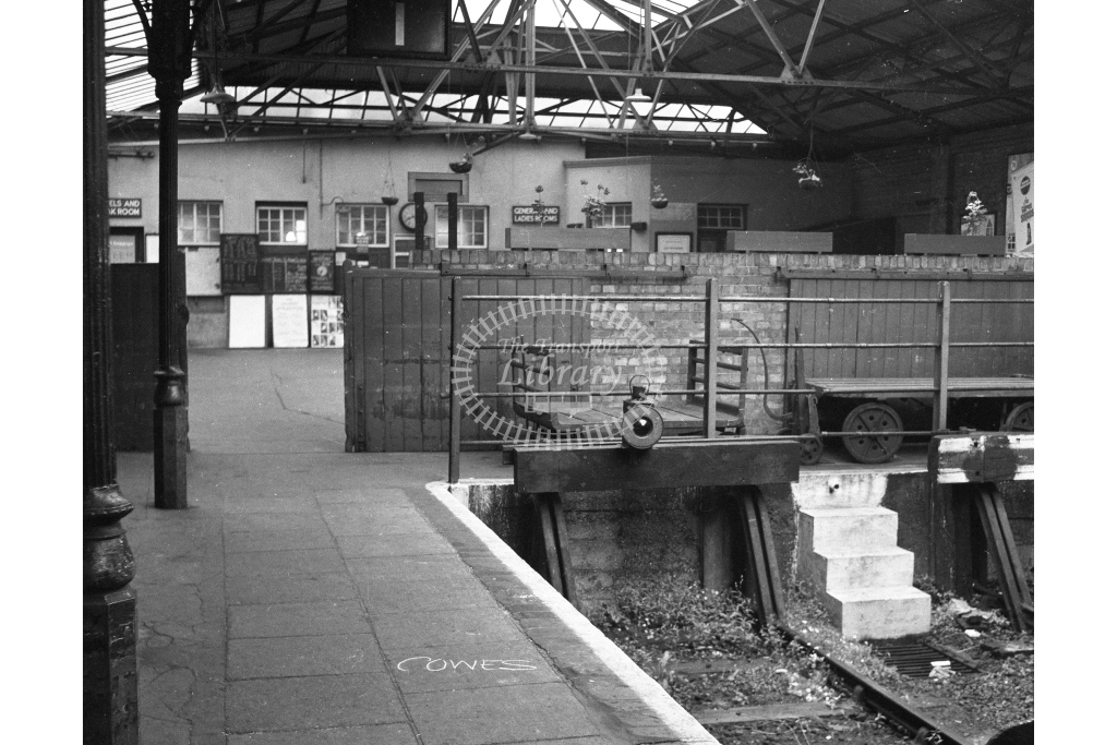 BR Cowes. View of the interior of the station from the buffers; circa 1964 -Lens of Sutton Association Isle of Wight (IOW) part 2