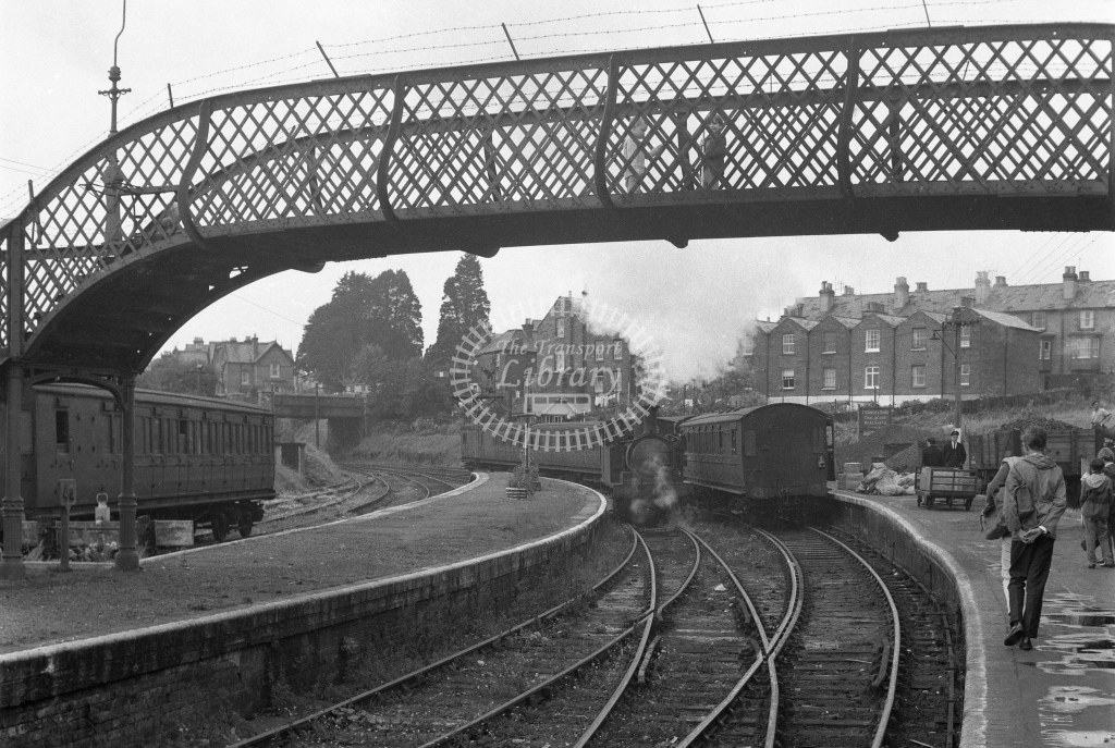 BR Cowes. View from north end of station looking to W30 Shorwell running around its four coach train; circa 1965/6 -Lens of Sutton Association Isle of Wight (IOW) part 2